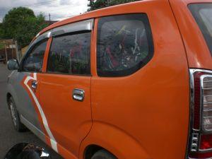 Mobil Dinas Perusahaan Angkut Pakaian (klik gambar agar lebih jelas)