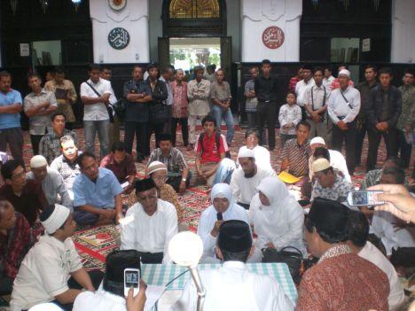 Syahadat Di Masjid Cut Mutiah (8 Oktober 2010)