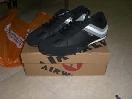 Sepatu Baru 21