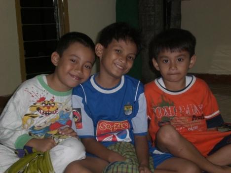 Rafi, Eka, dan Sandi
