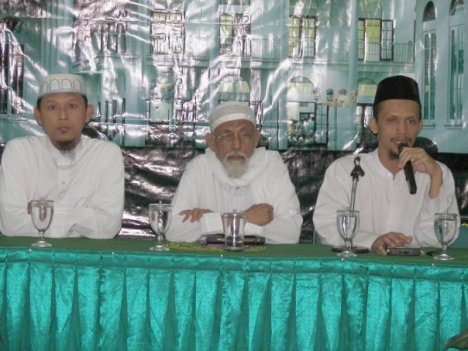 Ustadz Dr. Mu'inudinillah - Ustadz Abu Bakar Ba'asyir - Ustadz Budi Prasetyo