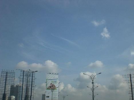langit di atas Kuningan4