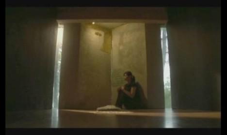 #1 Adegan Annisa Termenung di Mushola Dalam Film Cin(t)a