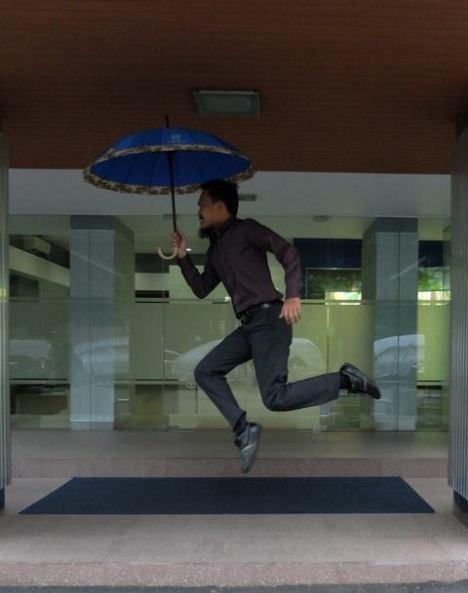 Levitasi Kantor Payung