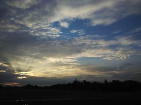 Fajar di langit desa Ngrombo, Baki, Sukoharjo